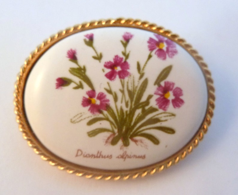 Vintage Flower Brooch Hand Painted Ceramic Dionthus Alpinus Alpine Flower Design 80s Pin.