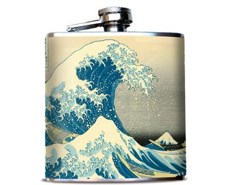 The Great Wave at Kanagawa Flask, Ocean Wave Print, JAPANESE wave Painting,  Beach Flask, Beach decor, Classic Japanese