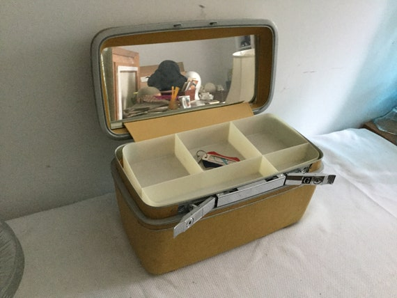 Vintage Samsonite train case - image 7