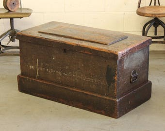 antique primitive craftsmans wooden tool chest trunk box coffee table w original iron handles buyer to pay shipping - Storage Chest Trunk