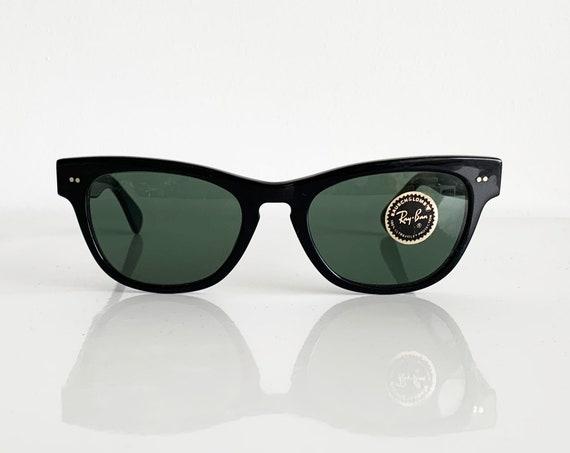 Vintage 80s B&L RAY BAN Laramie Sunglasses