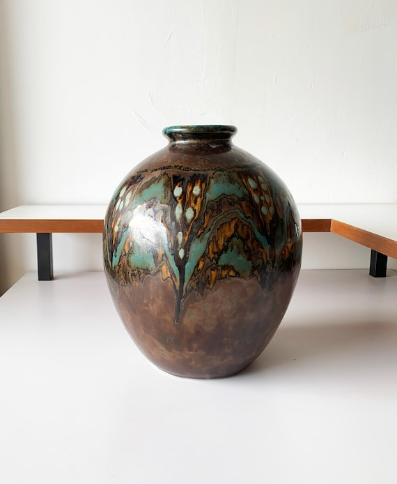 Art Deco vase in Limoges porcelain by Camille Tharaud