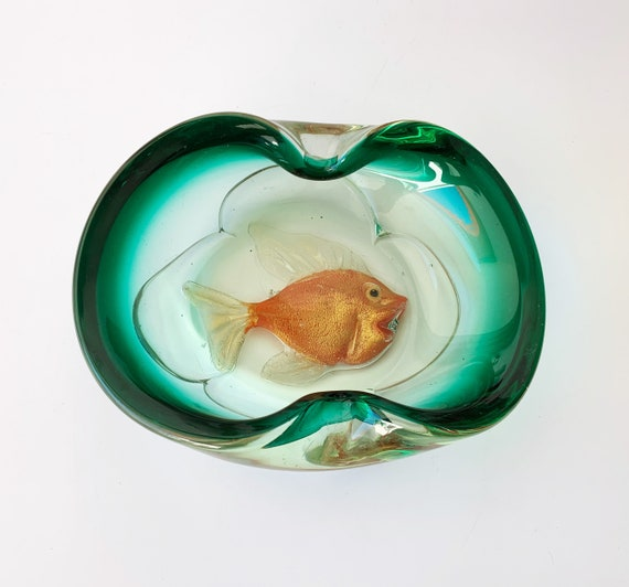 Mid century Murano art glass bowl with gold fish by Alfredo BARBINI for Cenedese