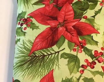Maywood Studios Poinsettia /& Pine Packed Poinsettia White Fabric 1 yard
