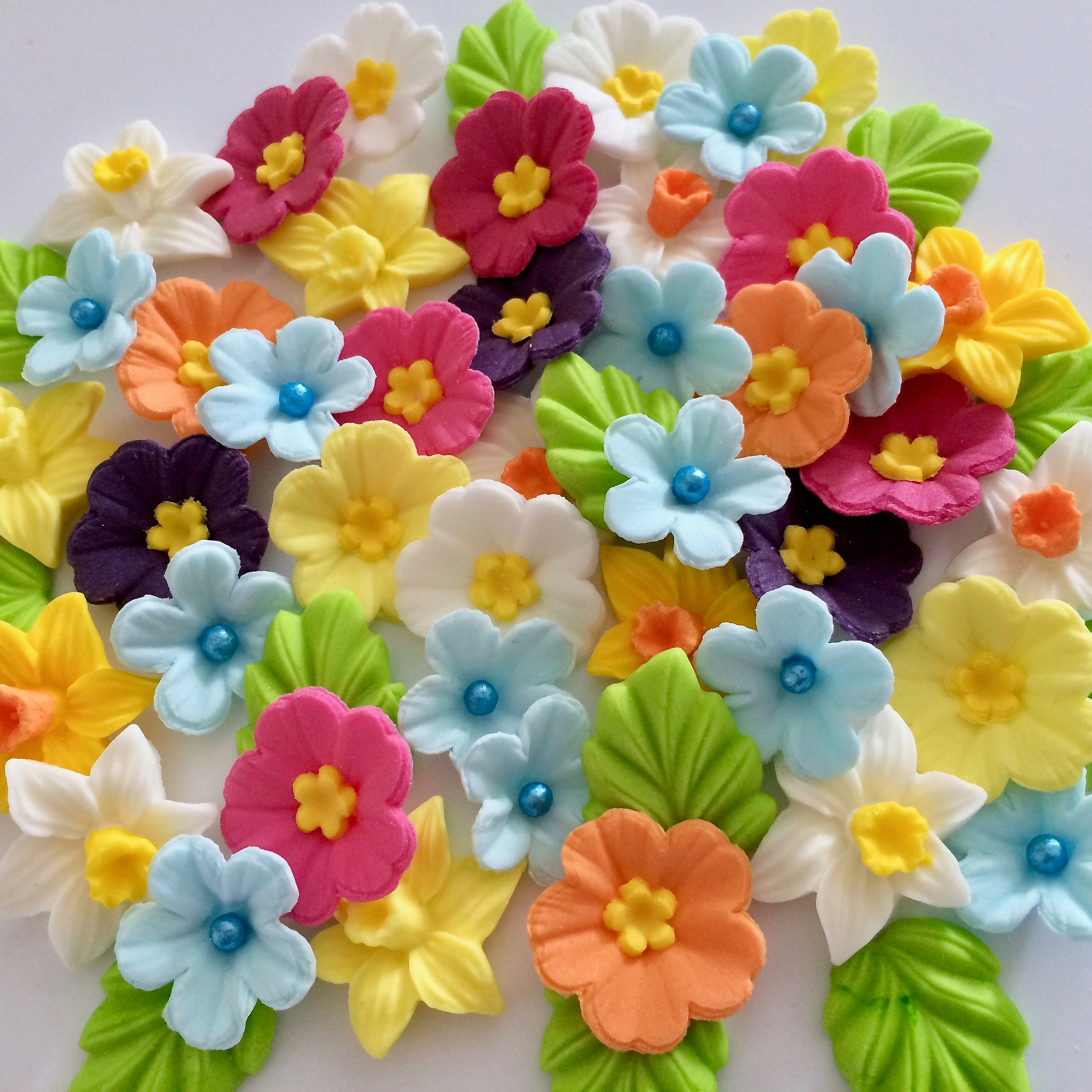 FLOWER MEDLEY Edible Sugar Flowers Cake Decorations ...