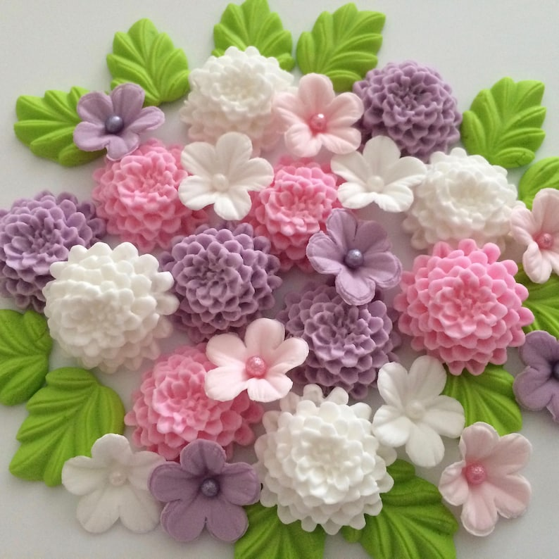 LILAC PINK WHITE Edible Sugar Flowers Cupcake Cake Decorations