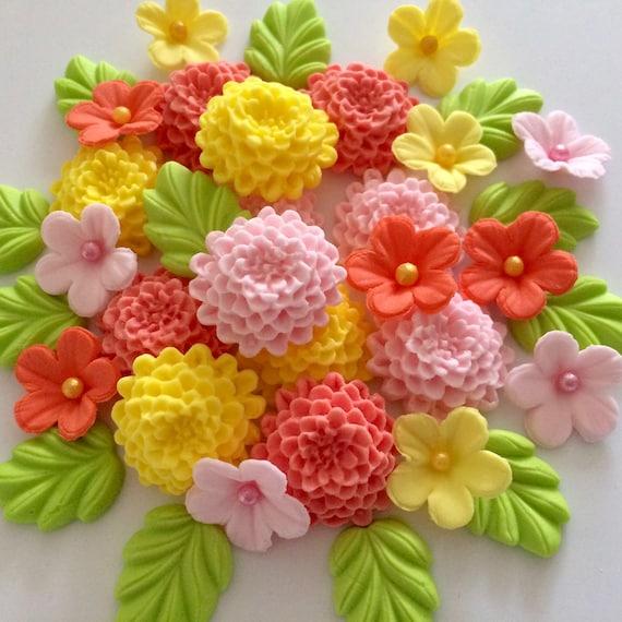 Wedding Cake Decorations Cupcake Topper 12 Edible Lilac Chrysanthemums Flowers