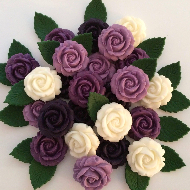 lila elfenbein rosen bl tter essbar zucker blumen kuchen etsy. Black Bedroom Furniture Sets. Home Design Ideas