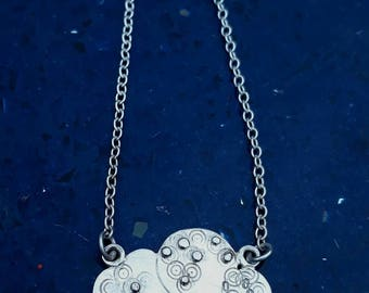 Textured silver cloud necklace