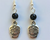 Sugar Skull Earrings With Silver Plated Hooks Black Glass Beads Tibetan Silver Charms Drop Dangle Style Earrings LB311