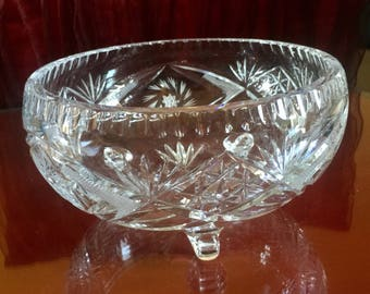 Footed Round Lead Crystal Bowl Vase Etched Fan Cut Centerpiece Kitchen Snack Fruit Glassware Wedding Anniversary Bridal Shower Gift for Mom
