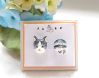 Gray Cat Earrings Stud - Grey Cat Stud Earrings - Cat Lover Earrings - Tabby Cat Jewelry - Pets Jewelry - Animal Earring - Cat Post Earrings