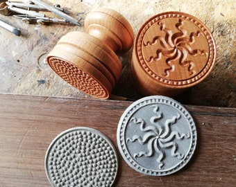 RAZZA VISCONTEA Pasta Stamp in Beech Wood from Casentino Forest in Tuscany
