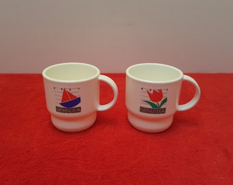 Vintage tupperware coffee mugs / tupperware mugs / best grandma mug / best grandpa mug
