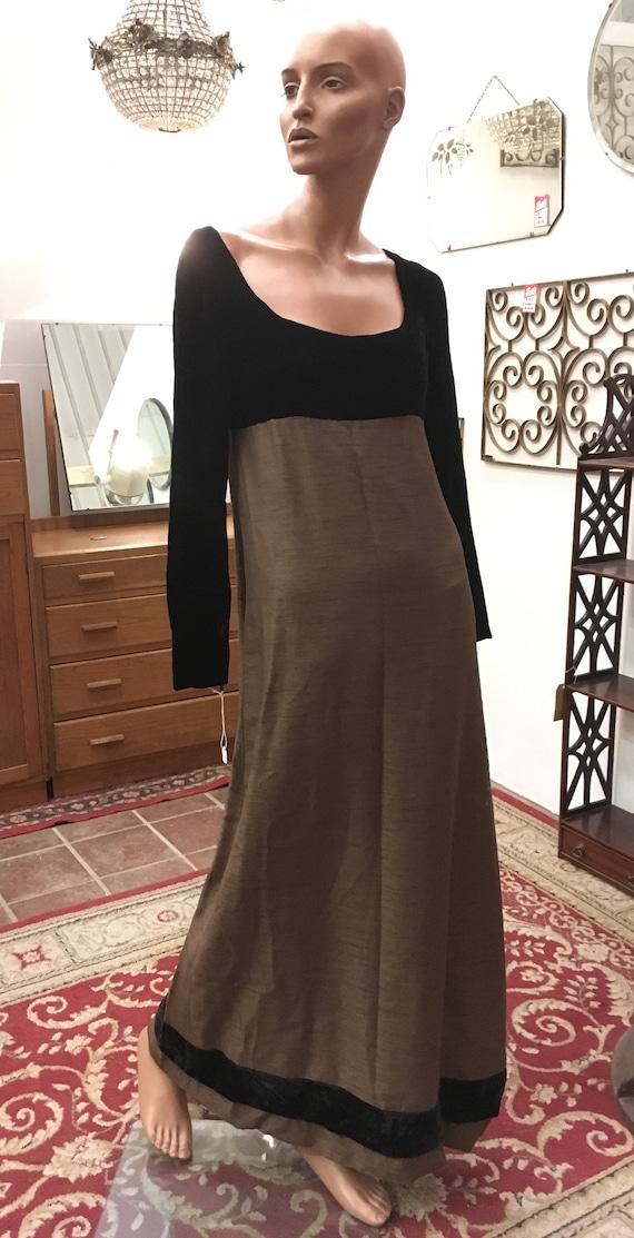 Jean Varon Stunning & Elegant, 1960s Column Dress,