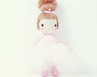 Crochet doll - Ballet dancer