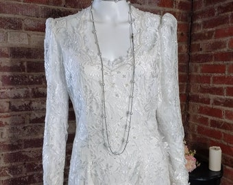 Vintage 80s 90s white wedding dress, long sleeves, pearls and vintage lace, midi tea length, scalloped neckline, looks like two piece medium