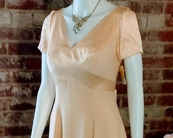 Bridesmaid dress vintage 2000s buttercream yellow champagne cap sleeve 40s style long dress formal choose size 6,10,14, elegantly simple.