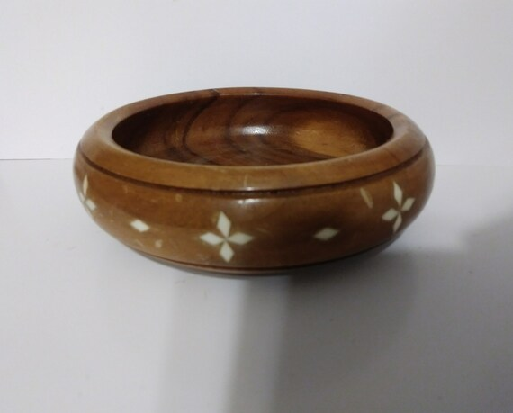 bowl organizing vintage handmade wooden bowl with shell inlay valet catch all MAKER UNKNOWN decorative