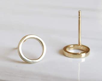 Dainty Gold Earrings, 8mm Gold Stud Earrings, Small Gold Studs, Gold Circle Earrings, Open Circle Stud Earrings, Minimal Earrings, hoops