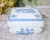Antique Wedgwood lidded trinket dish or box with pretty embossed relief blue design.