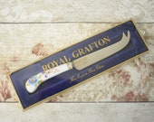 Royal Grafton cheese knif...