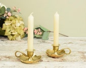 Pair of English vintage brass bedside candlestick candle holders or chamber sticks with scallop edge
