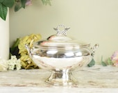 Decorative vintage silver plate serving or warming dish, bowl or tureen, with lid