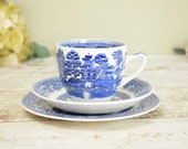 Blue and white vintage cu...