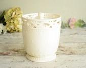 Pretty cream ceramic stor...