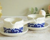 Set of two retro sauce bowls or soup mugs with handles and matching saucers, Wedgwood Toledo design