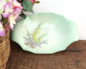 Vintage 1940's Beswick ceramic dish, pale green with pretty raised floral design,