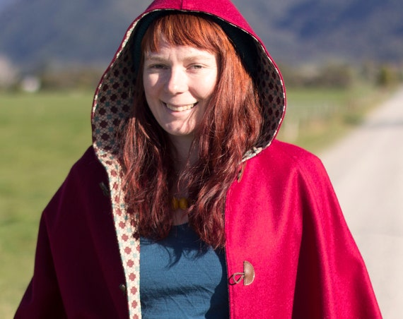 Red Cape, Cloak, Poncho, Coat with Hood and Wooden Toggles.