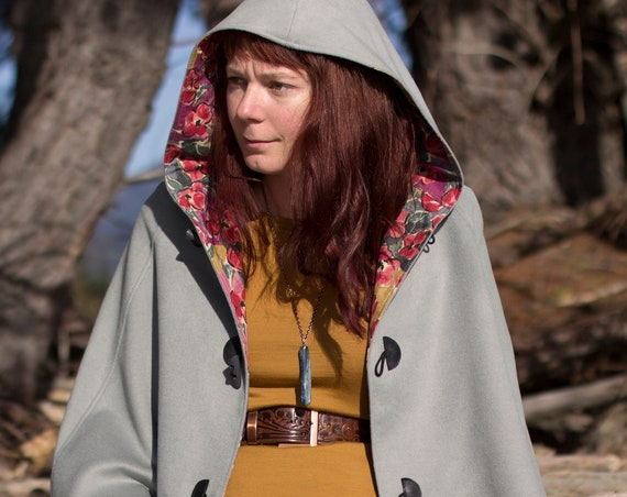 Pearl Grey Wool Cape, Cloak, Poncho, Coat with Hood and Wooden Toggles.