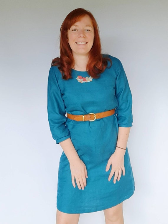 The Izzy dress in Teal Linen