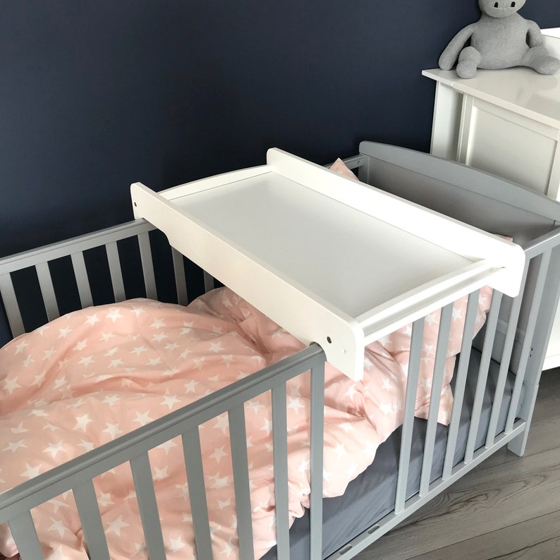 Wickelbrett/ Wickelaufsatz für Babybett, auch für alle IKEA Betten