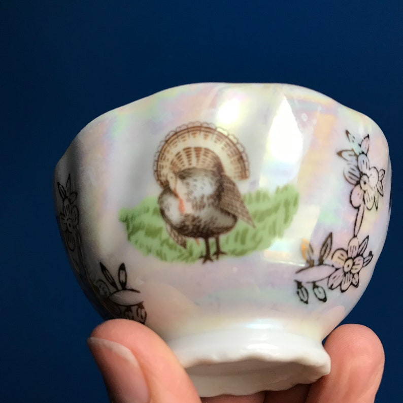 Ribbed Rooster /& Turkey Motif Antique French Porcelain Bowl