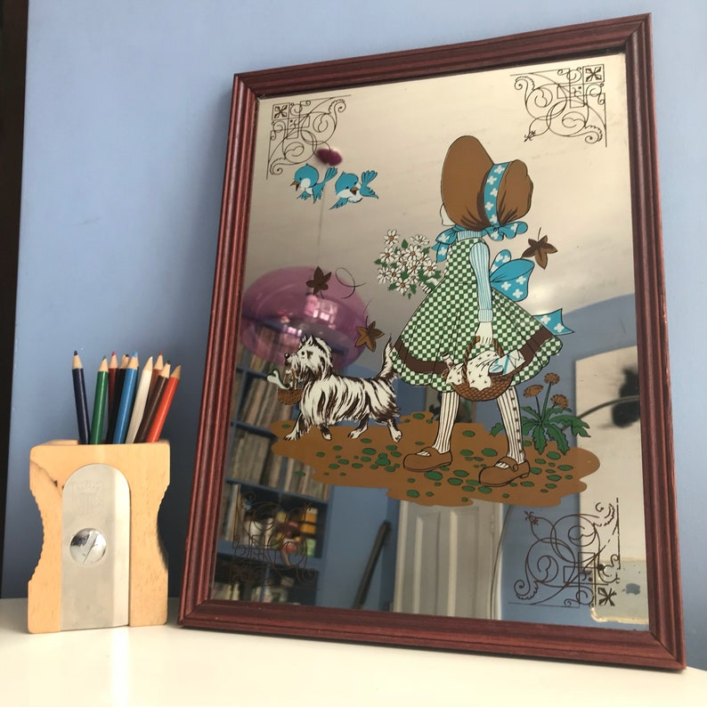 e7e5258b673cff Holly Hobbie stile specchio da parete. Ragazza e cane Westie | Etsy