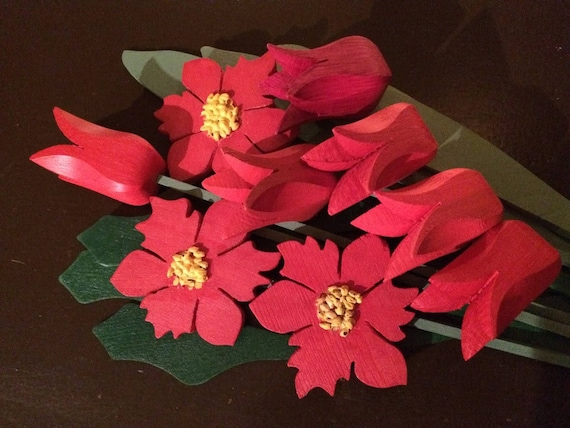 CHRISTMAS WOODEN FLOWERS