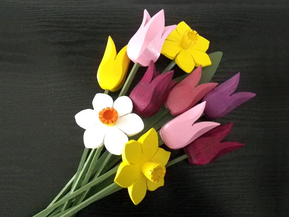 Spring Bouquet, tulips, daffodils, narcissus, flowers, handcrafted wooden decoration, mother's day