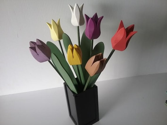 """Wooden Tulips """"Gurra"""""""