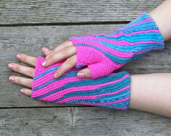 Fuchsia pink wrist warmers, Bright color knit fingerless gloves, Unique gift for birthday, made to order