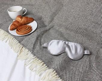 Luxury Romney British Wool throw | Homeware | Luxury home | Made in Britain | Natural | 100% wool