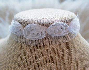 e03a9e632c7 Rose to the Occasion Choker