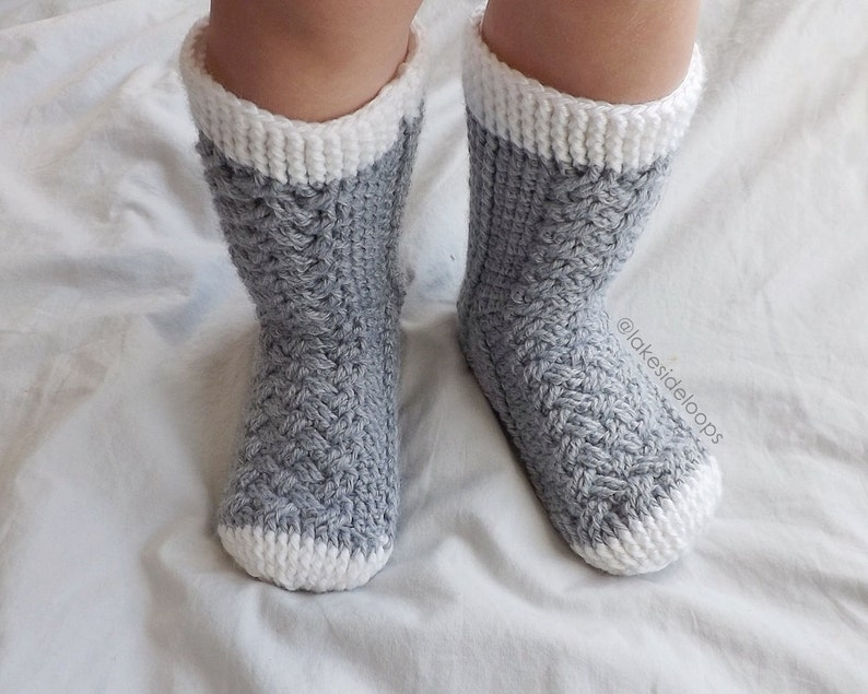3ce435a708981 Crochet Pattern - Parker Cable Socks by Lakeside Loops - includes 11 sizes  - Baby (6 Months) through to Mens/Womens Adult sizes