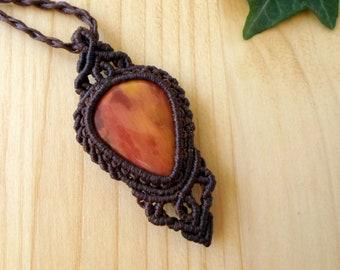 Mookaite macrame pendant, macrame jewelry, mookaite jasper, tribal pendant, macrame stone, stone pendant, mookaite necklace, healing jewelry