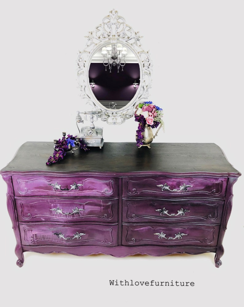 French Provincial 6 Drawers Dresser