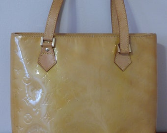CLOSEOUT SALE - Authentic Louis Vuitton Vernis Houston Shoulder Bag 9e687aecb71b3