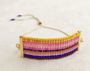 Beadwoven Adjustable Gold Chain Bracelet in Pink Multicolor Stripe