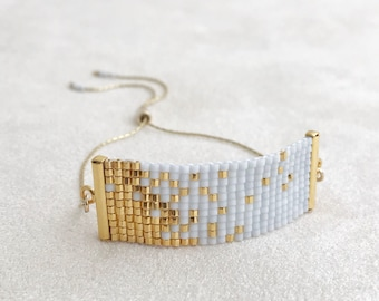 32e99d4a0 Beadwoven Adjustable Gold Chain Bracelet in Light Gray and Gold Confetti